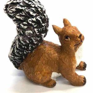Kerámia mókus téli több változatban