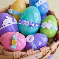 Húsvéti tojások, nyuszik hungarocell, műanyag és papír