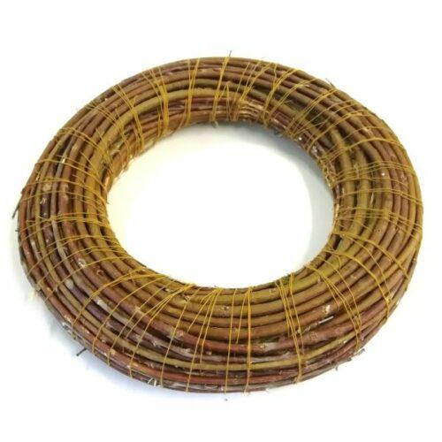 koszoru-szalma-alapon-vesszovel-fonva-25cm-hobbykreativ