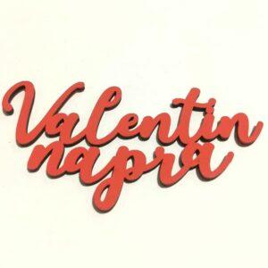 Valentin napra piros festett fafelirat 10 cm x 4,5 cm