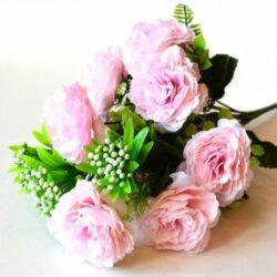 selyem-fodros-rozsa-csokor-feher-bogyokkal-rozsaszin-hobbykreativ