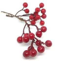 polifoam-piros-bogyos-agacska-1-hobbykreativ