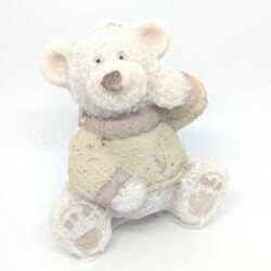 gyertya-maci-figura-barna-pulcsiban-hobbykreativ