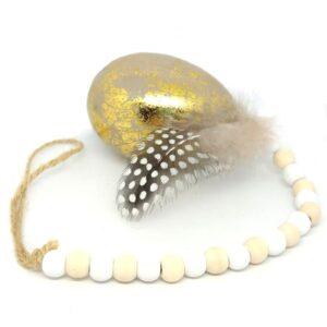 Gyöngysorral akasztható márványos tojás tollal arany 1 db