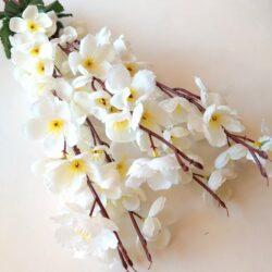 hosszu-selyem-cseresznyevirag-csokor-krem-hobbykreativ
