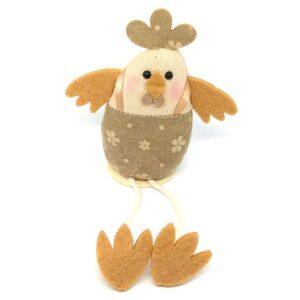 Lógólábú textil csirke figura virágos ruhában 9 cm