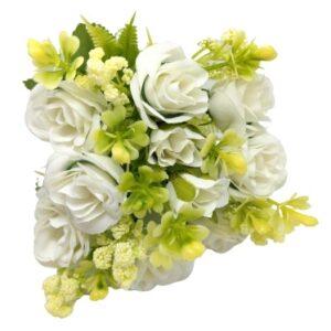 Bogyós selyem rózsa csokor páfránnyal fehér 5 szálas