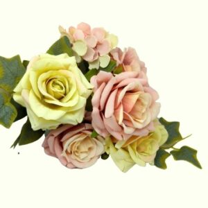 Selyem vintage rózsa csokor borostyánnal pasztell mályva-zöld