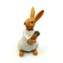 keramia-nyuszi-lany-repaval-kotenyben-hobbykreativ