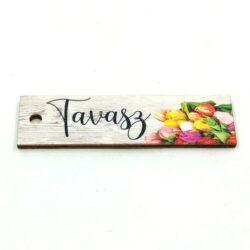 tavasz-festett-furt-fatabla-tulipanokkal-hobbykreativ