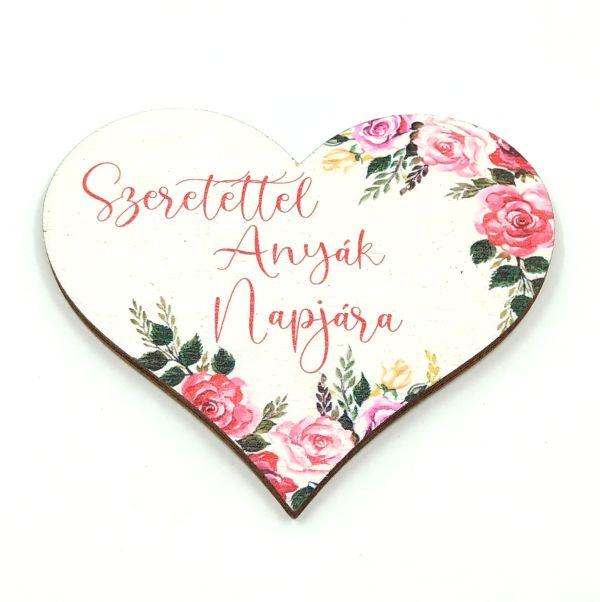 festett-rozsas-sziv-fatabla-szeretettel-anyak-napjara-hobbykreativ