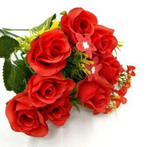 Selyem rózsa csokor apró virágokkal piros 5 szálas