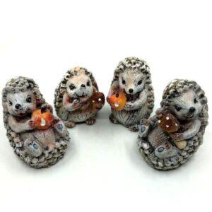 Kerámia süni figura glitteres többféle változatban 1 db
