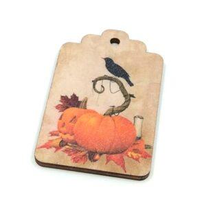 Halloween tök hollóval fúrt festett fatábla 4 x 6,5 cm 1 db